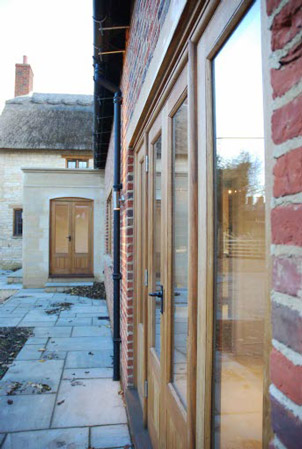 The Thatch - Brown and Jones - Building Contemporary Country Homes 16