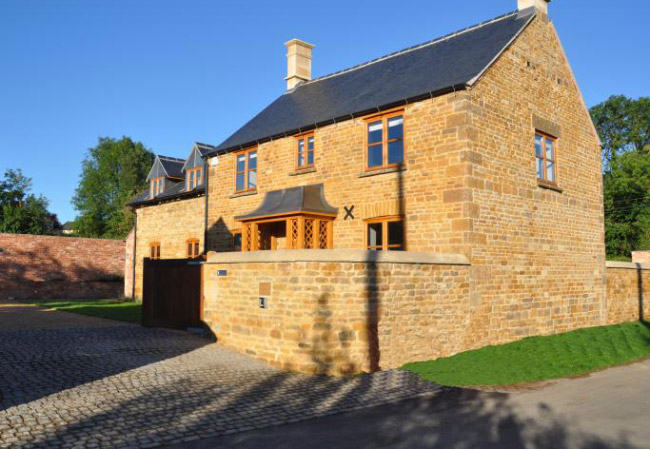 Manor - Brown and Jones - Building Contemporary Country Homes 03