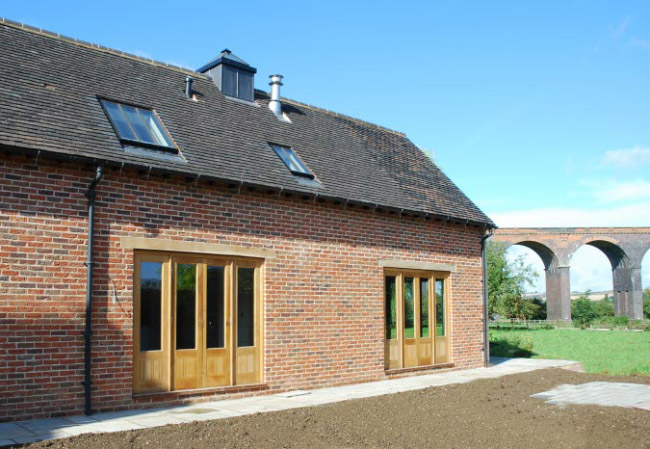 The Thatch - Brown and Jones - Building Contemporary Country Homes 08
